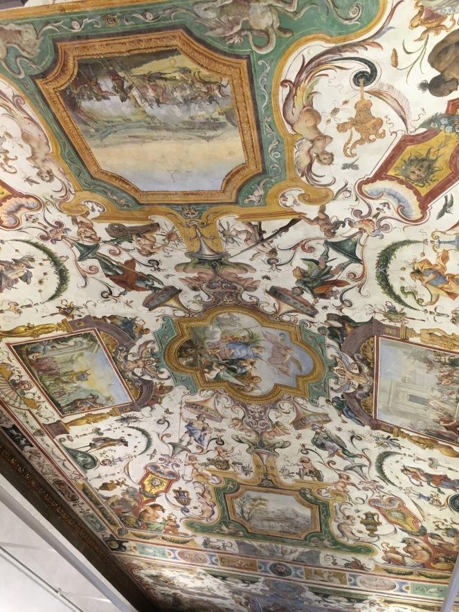 a ceiling frescoe